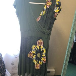 Desigual green dress with flowers